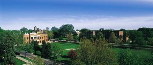 elmhurst_college.jpg