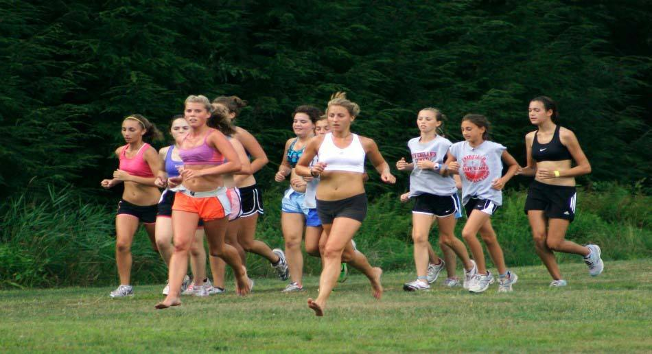 college essay cross country running The sport of cross country running essay sports because throughout the school year there is a running sport for each sports season that means if you want to run all year long on a competitive school team than you can, unlike any other sport offered at school, running is the only sport which has a team for all seasons.